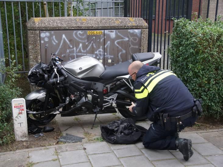 Motorrijder naar het ziekenhuis na flinke schuiver in Kaatsheuvel