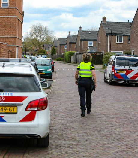 Daders oplichting Albardastraat Apeldoorn op de vlucht voor politie: 'Slachtoffers waren helemaal in paniek'