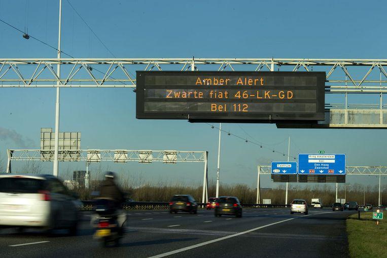 Amber Alert boven de snelweg. Beeld ANP