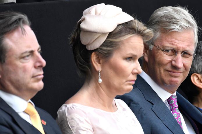 Bart De Wever et le couple royal.