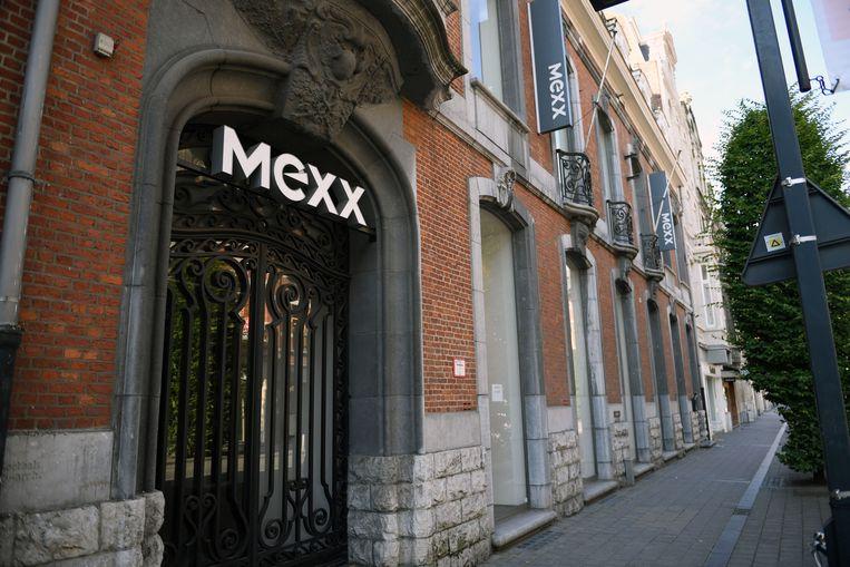De winkel wordt ingericht in het leegstaande pand van Mexx in de Bondgenotenlaan. Beeld Vertommen