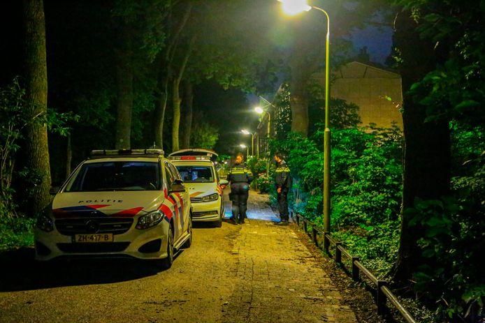 Veel politie rondom de Tuinbouwweg in Amersfoort.