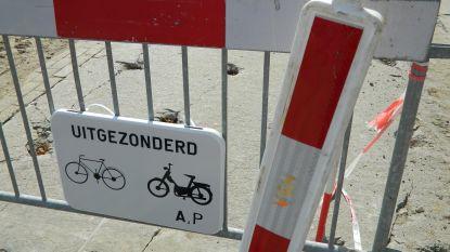 Wegdek Collegestraat wordt hersteld: twee weken verkeershinder