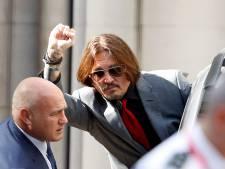 """Amber Heard a frappé Johnny Depp pour défendre sa soeur: """"Il allait la pousser dans les escaliers"""""""