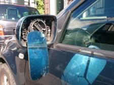 Veel schade na vernielingen aan auto's in Ommen