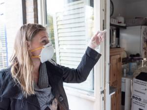 Gezin werd ziek van schimmelwoning, maar volgens de woningbouwvereniging is er niks mis