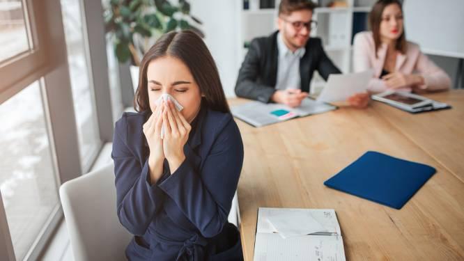 Een op vijf vindt dat baas te weinig doet om op werk afstand te kunnen houden