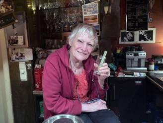 """De WK-pronostiek van cafébazin Germaine Gilis (78): """"Ze zijn allemaal 'aan hun gat gedoopt' met het geld dat ze verdienen, maar als ik iemand moet kiezen? Wout Van Aert"""""""