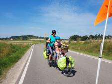 Waarom Lennart en Sjoukje met jonge kinderen naar de Zwarte Zee fietsen: 'Overstromingen waren heftig'