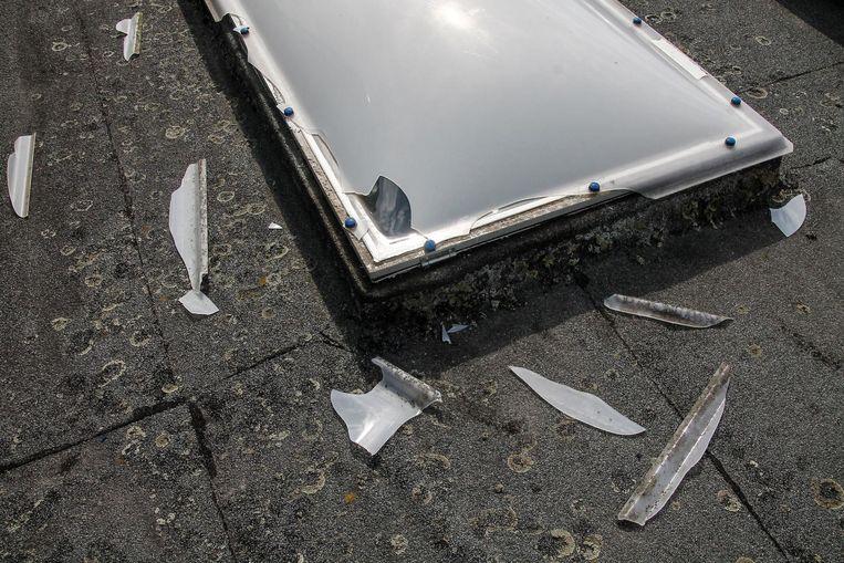 De inbreker probeerde eerst langs de koepel op het dak binnen te raken, maar dat lukte niet.