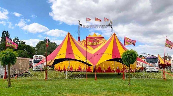 De grote tent van Circus Barones