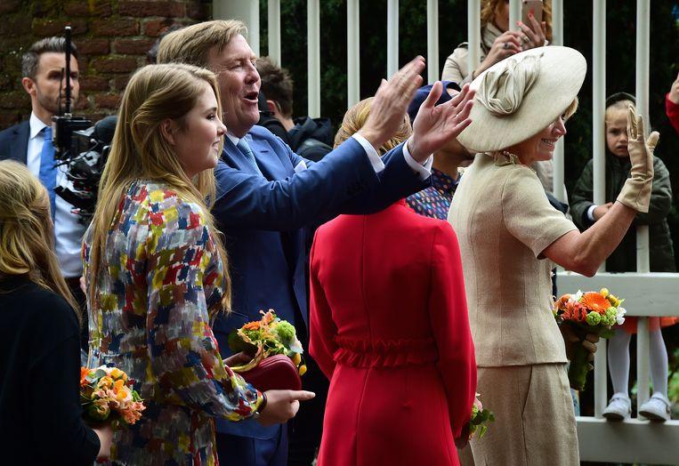 Prinses Amalia en koning Willem-Alexander. Beeld Marcel van den Bergh
