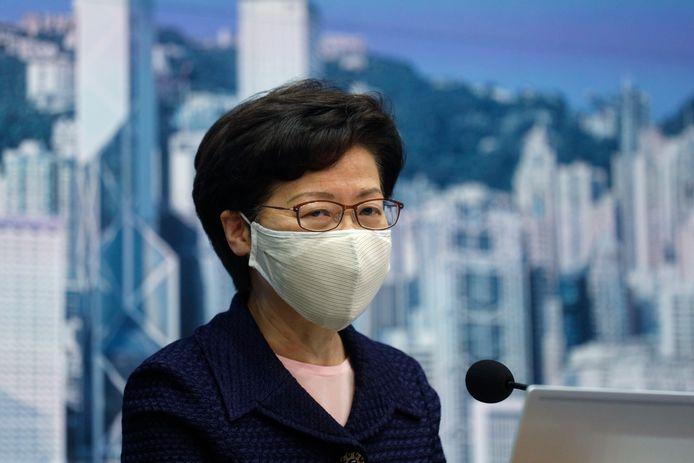 De Amerikaanse sancties zijn gericht tegen Carrie Lam, de hoogste uitvoerend bestuurder van Hongkong, en tien andere hooggeplaatste functionarissen.