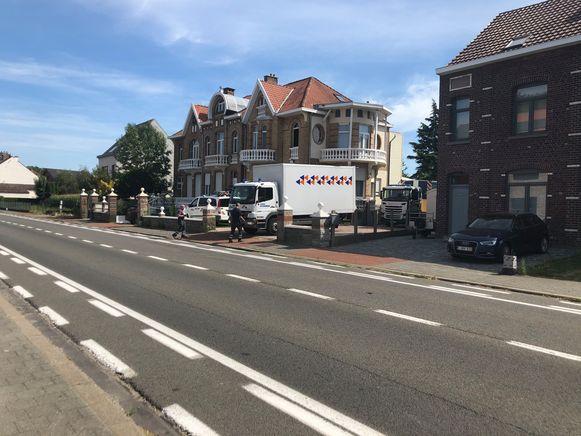 De cannabisplantage werd ontmanteld in een woning langs de Mechelsesteenweg in Nossegem.