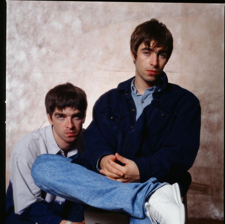 Noel (links) met broer Liam. 'Ik was het beu dat hij tijdens optredens in een colère het podium afstapte, waarna ik – níét de zanger van de groep – de boel maar moest zien te redden.' Beeld Getty Images