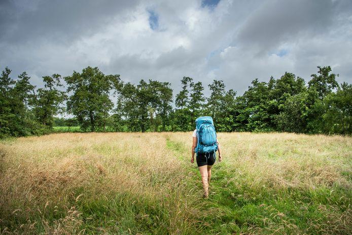 Paulien van der Werf wandelt uit haar werk geregeld naar een camping.