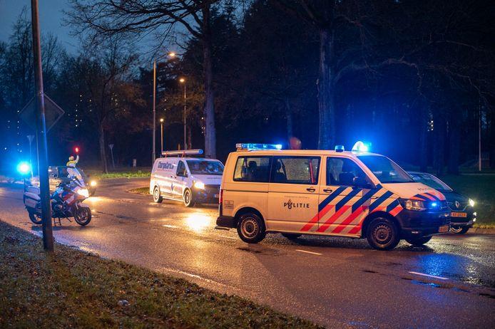 De politie ter plaatse bij het ongeluk in Nijmegen.